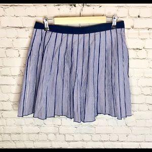 Vineyard Vines Skirts - Vineyard Vines Blue and White Skirt